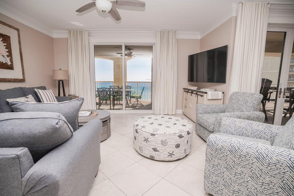 Property Image 2 - Glorious 3BR Penthouse on PCB