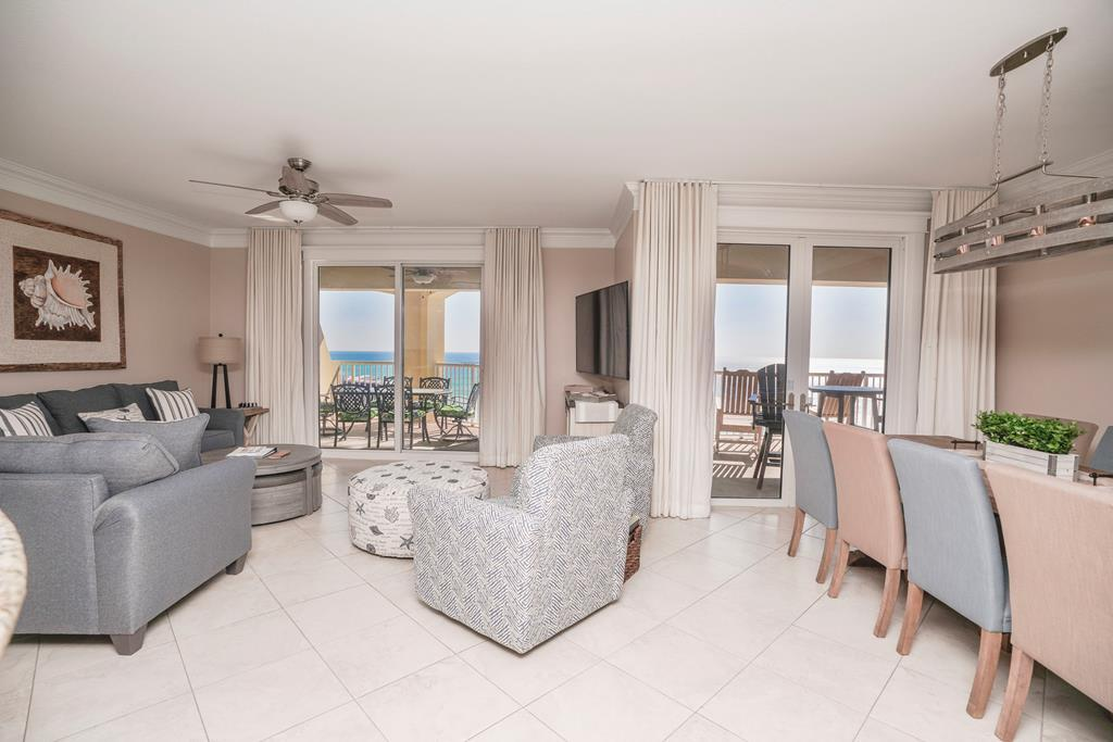 Property Image 1 - Glorious 3BR Penthouse on PCB