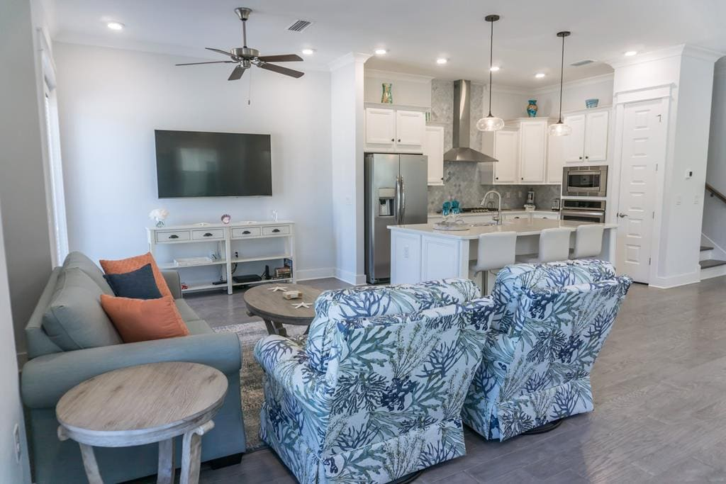 Dreamy 3 Bedroom Townhome with a Cottage Feel on 30A