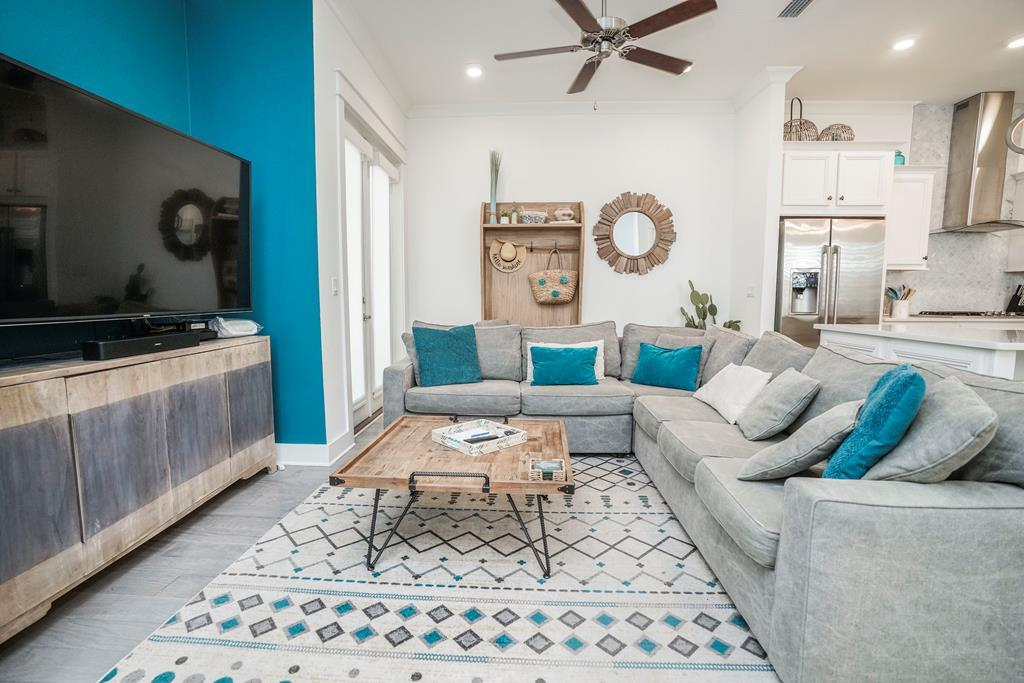 Beautifully Decorated Pet Friendly 30A Vacation Home