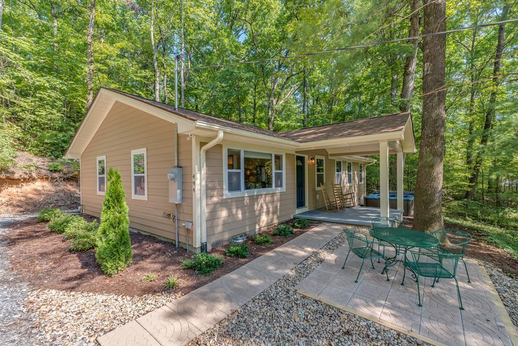Cute cottage with Access to Outdoor Amenities