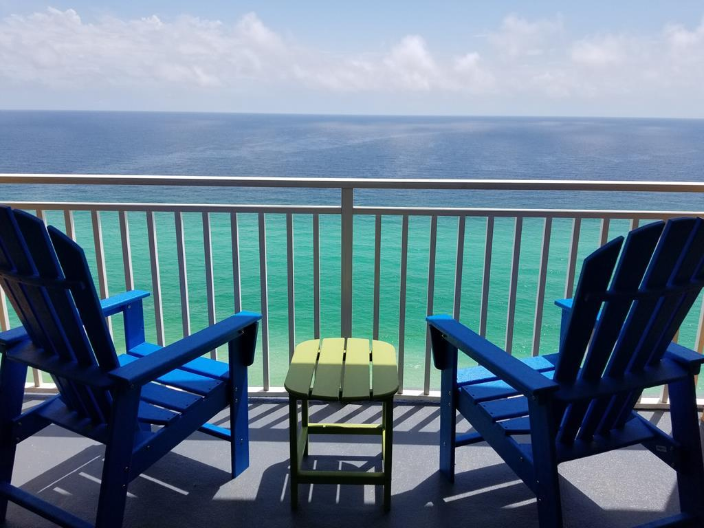 Property Image 1 - Large Oceanfront Condo with Expansive Views